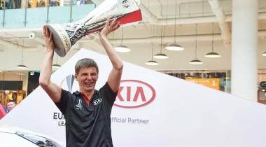 KIA Motors поддержала Трофи-тур Лиги Европы UEFA