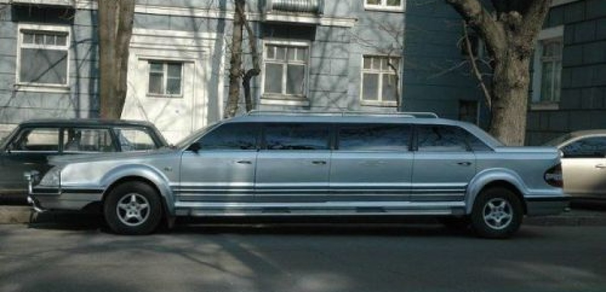 Украинец построил лимузин