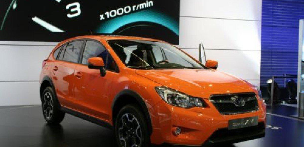 Subaru показала серийную версию кроссовера XV