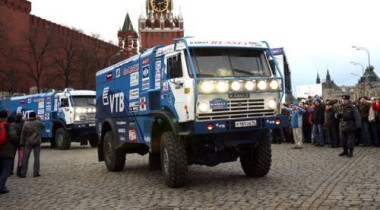 Daimler хочет купить 42% акций КАМАЗа