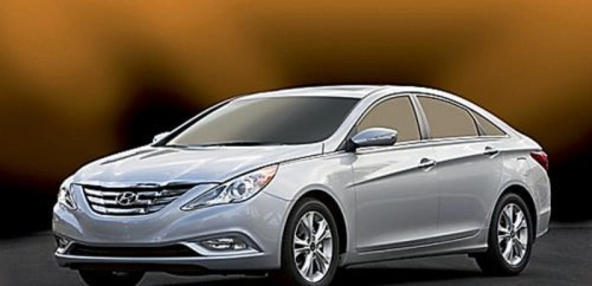 Hyundai i50. Ничего общего