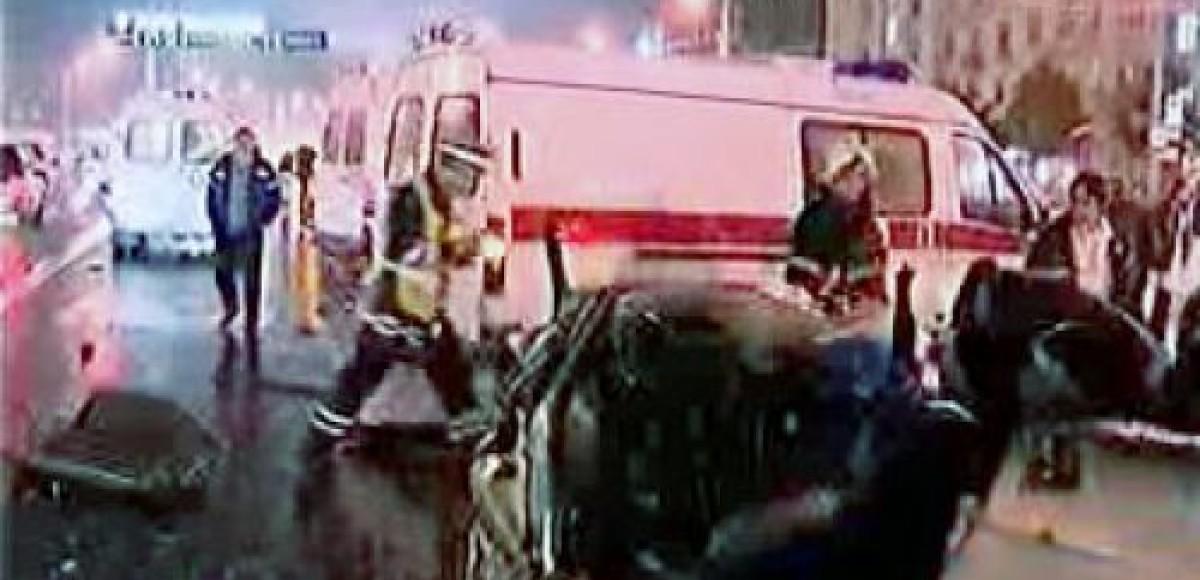 В Москве грузовик раздавил «Жигули» милиционеров