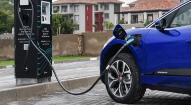 Батареи электромобилей ежегодно теряют до 3% ёмкости