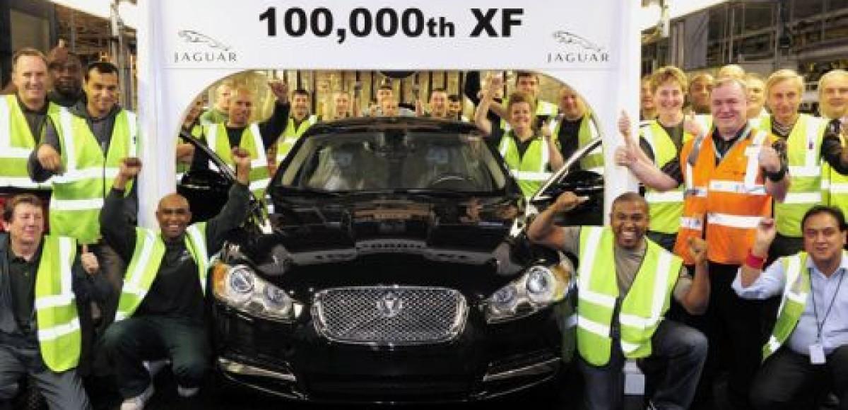Покупателя Jaguar XF из России ждут на заводе в Англии