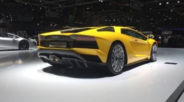 Самые быстрые новинки Женевы: спорткары Geneva Motor Show 2017