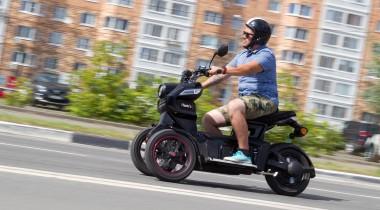 Тест электротрицикла Doohan iTank SK: назад  в будущее