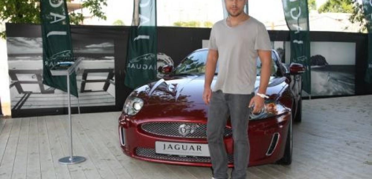 Jaguar поддерживает показ Дома Моды CHAPURIN
