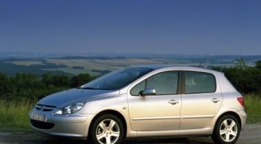 Peugeot 307. Бей первым, Лева!