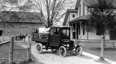 Век на развозке: 100 лет коммерческим автомобилям Ford