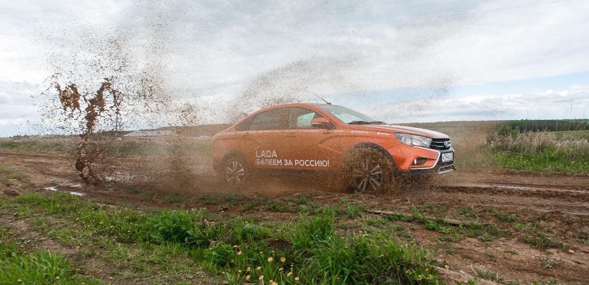 Lada Vesta Cross: ресурсный тест седана и первая поломка на 9000 км (видео)
