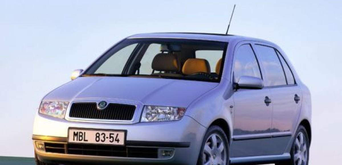 Citroen C3, Renault Clio, Opel Corsa, Peugeot 206, Skoda Fabia. Парад женихов