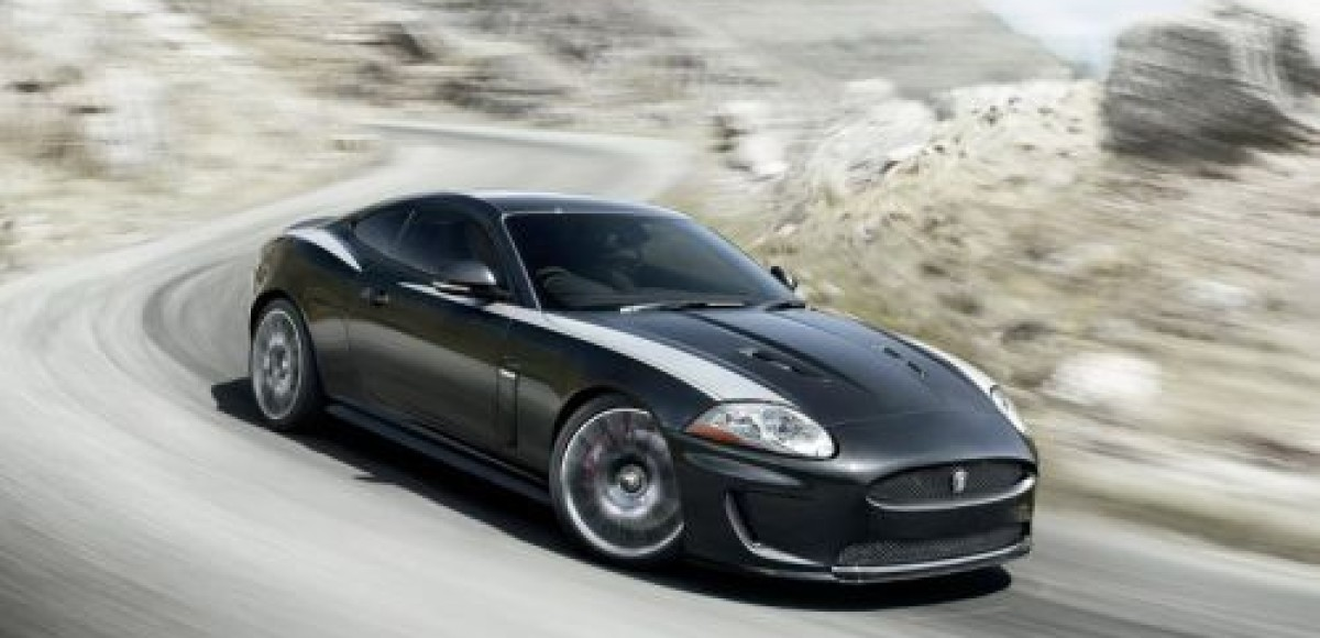 На фестивале скорости в Гудвуде состоялась премьера Jaguar XKR 75