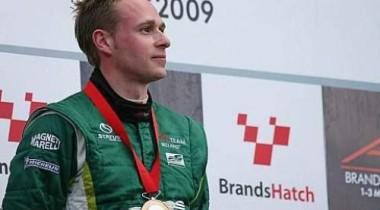 Адам Кэролл предлагает свои услуги для Формулы-1