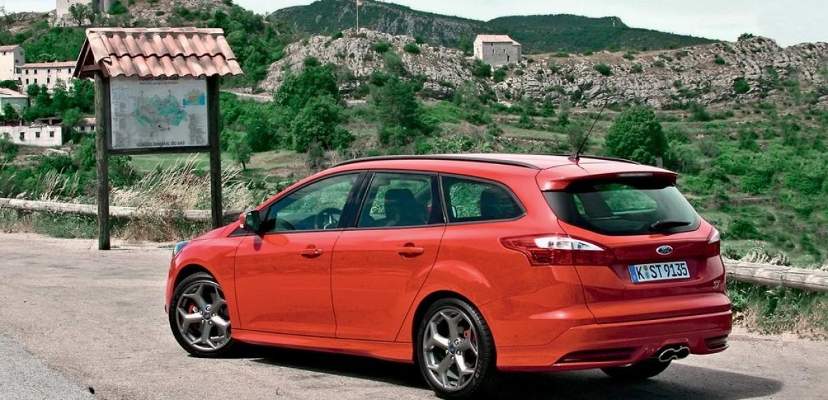 Ford Focus ST. Яркий и универсальный