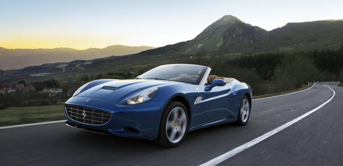 Ferrari покажет приемника California в Женеве