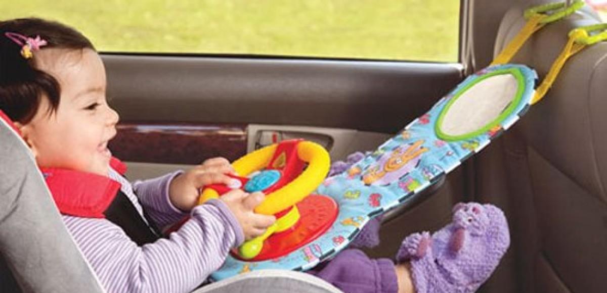 Как развлечь ребенка во время поездки? Автомобильные игрушки
