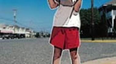 Картонные дети вместо дорожных знаков