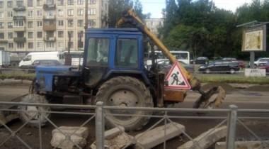 В Петербурге ограничивается движение транспорта