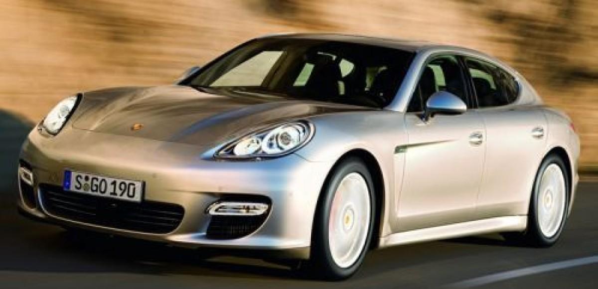 2010 Porsche Panamera. Фотография на память