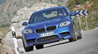 BMW представила спортивный седан M5