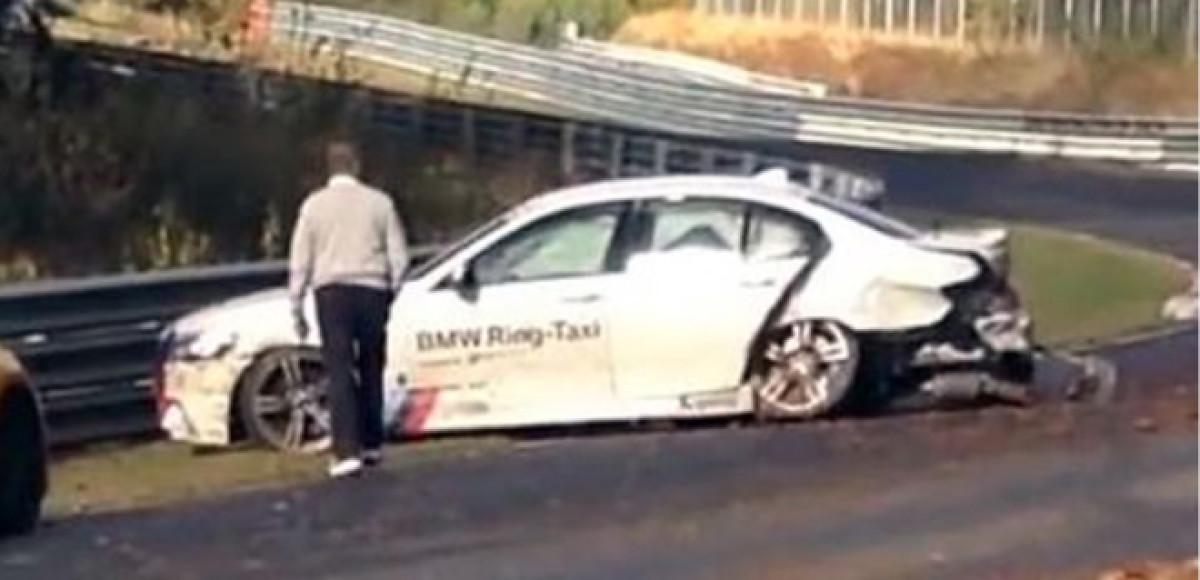 Такси Нюрбургринга снова попало в аварию