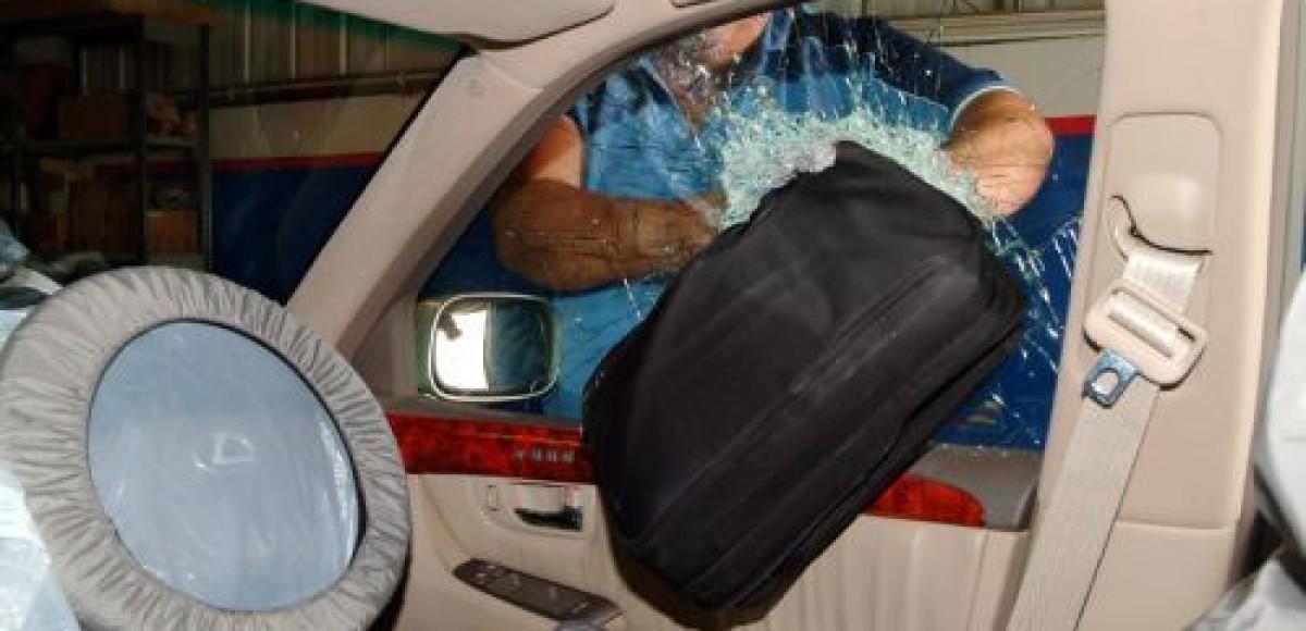 В Москве на АЗС барсеточники обокрали гражданина Чехии
