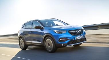 Первый тест Opel Grandland X и Zafira Life: с чем «Опель» вернулся в Россию