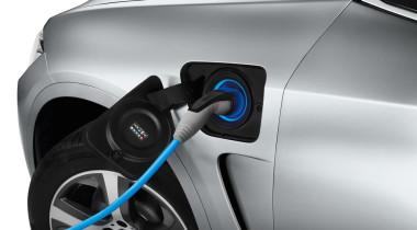 Mazda HAZUMI станет новым поколением «двойки»