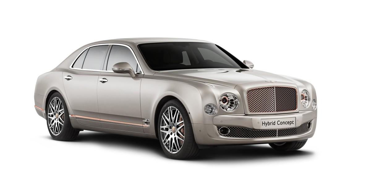 Bentley привезет в Пекин свой первый гибрид
