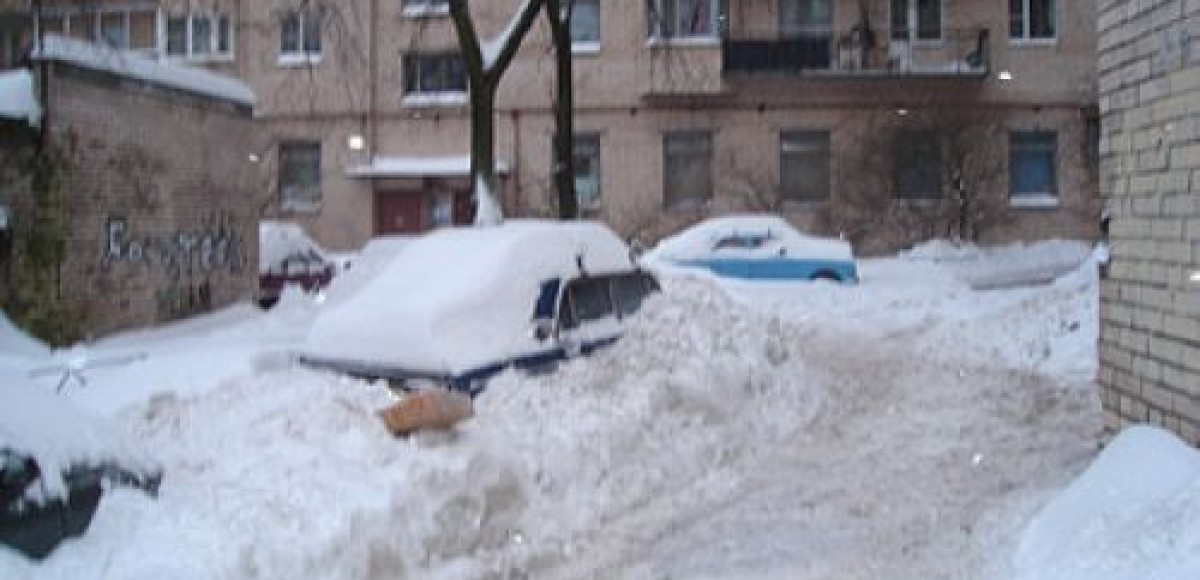 С улиц Москвы за сутки вывезено 300 тысяч кубометров снега, Петербурга – 121 тысяча