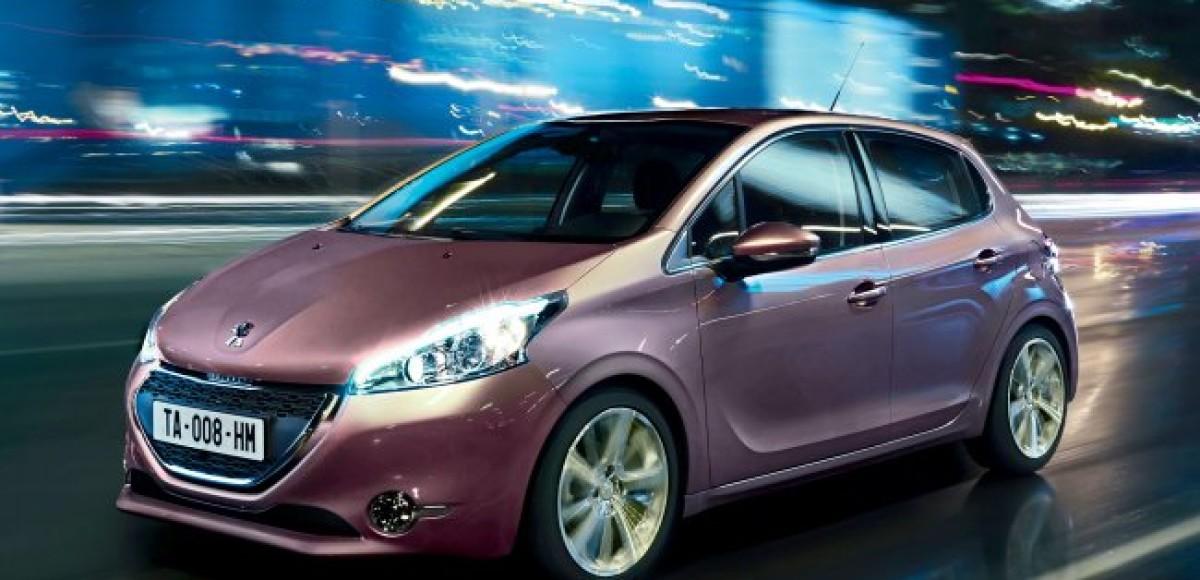 Peugeot 208. Виртуальное знакомство