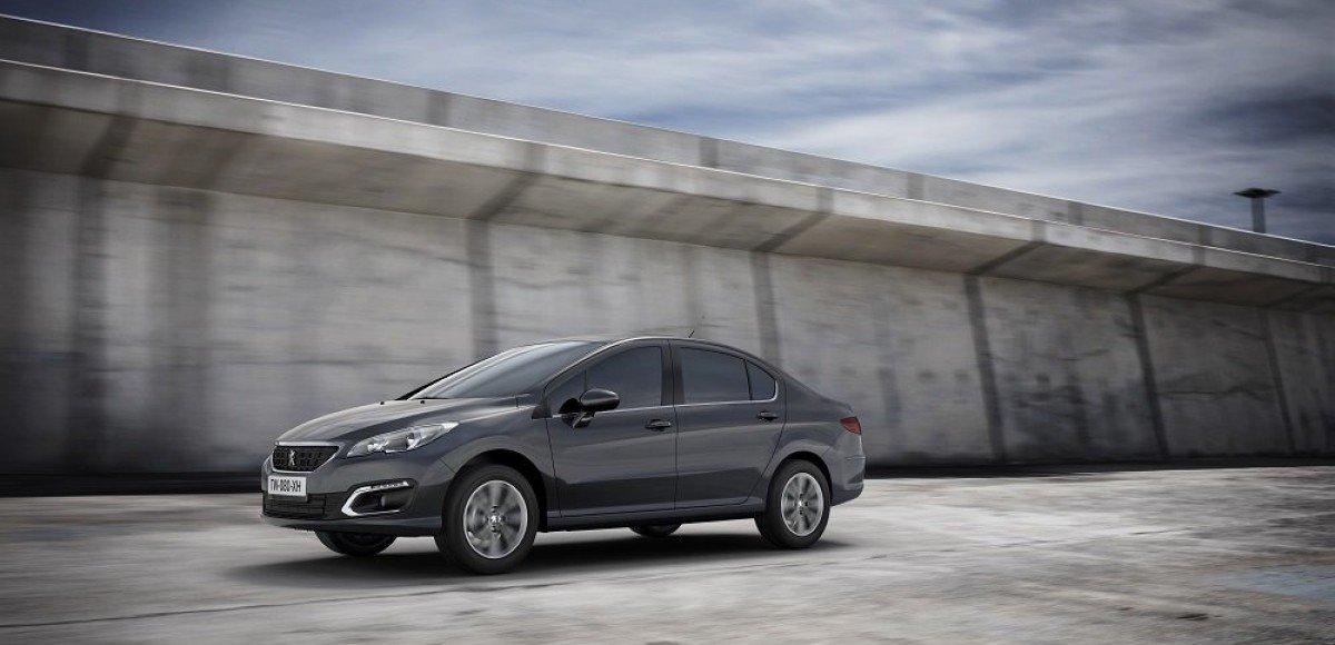 Обновленный Peugeot 408: 950 тысяч без кондиционера