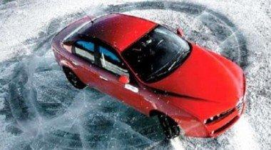 Уроки экстремального вождения: как вести себя в заносе