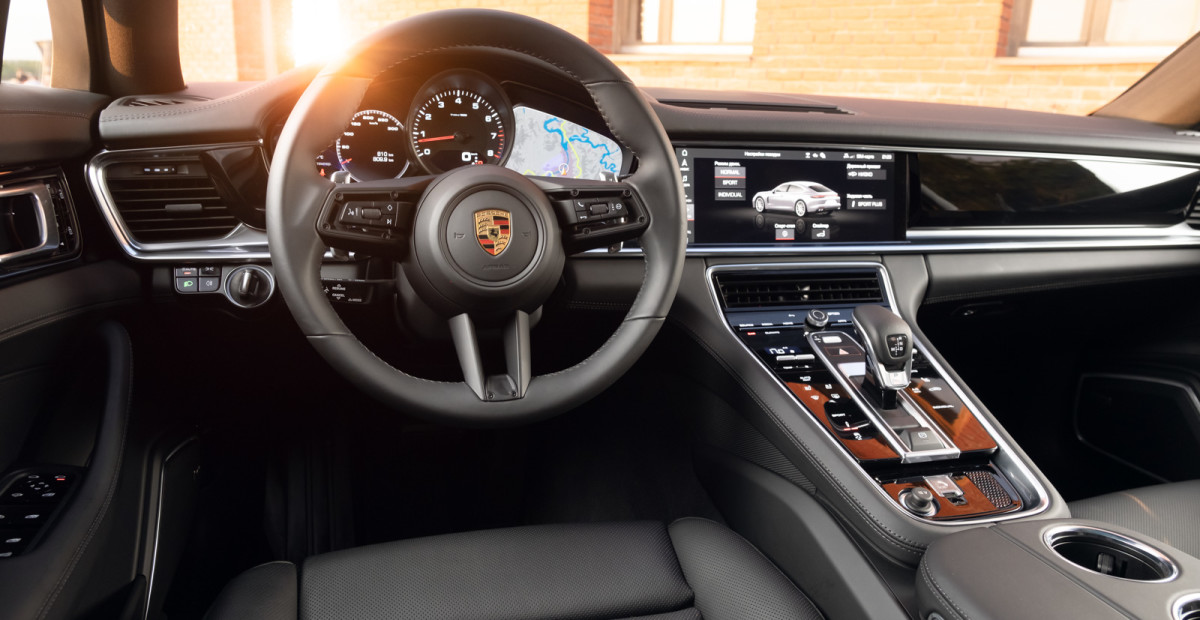 Почему бензиновые двигатели рано хоронить: проехал на обновлённом Porsche Panamera и сделал выводы