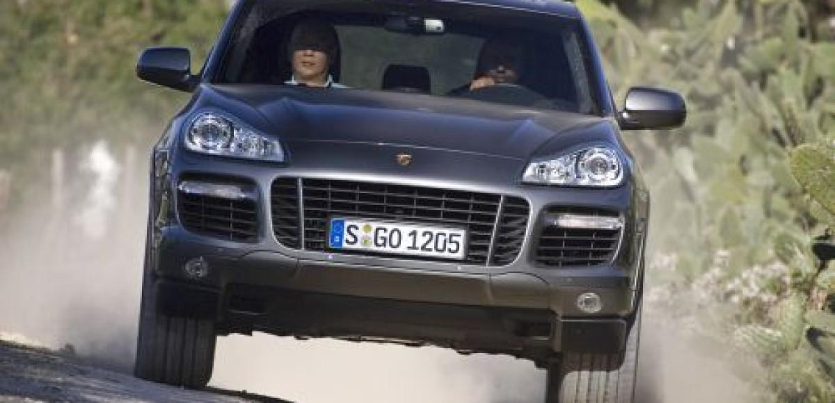 В Москве немец на Porsche насмерть сбил двух человек