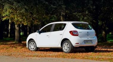 Renault Sandero. Просторный хетчбэк по разумной цене