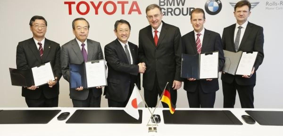 BMW и Toyota построят спорткар