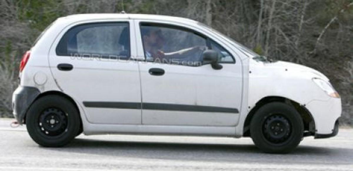 Папарацци поймали в объектив Chevrolet Spark третьего поколения