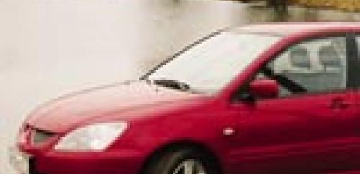 Mitsubishi Lancer 2.0 Sport. В кроссовках удобнее