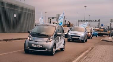 Электромобили «заправились» на первых зарядных станциях Петербурга