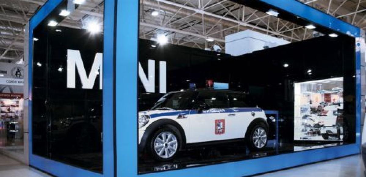 BMW Group Russia представила автомобиль ДПС марки MINI