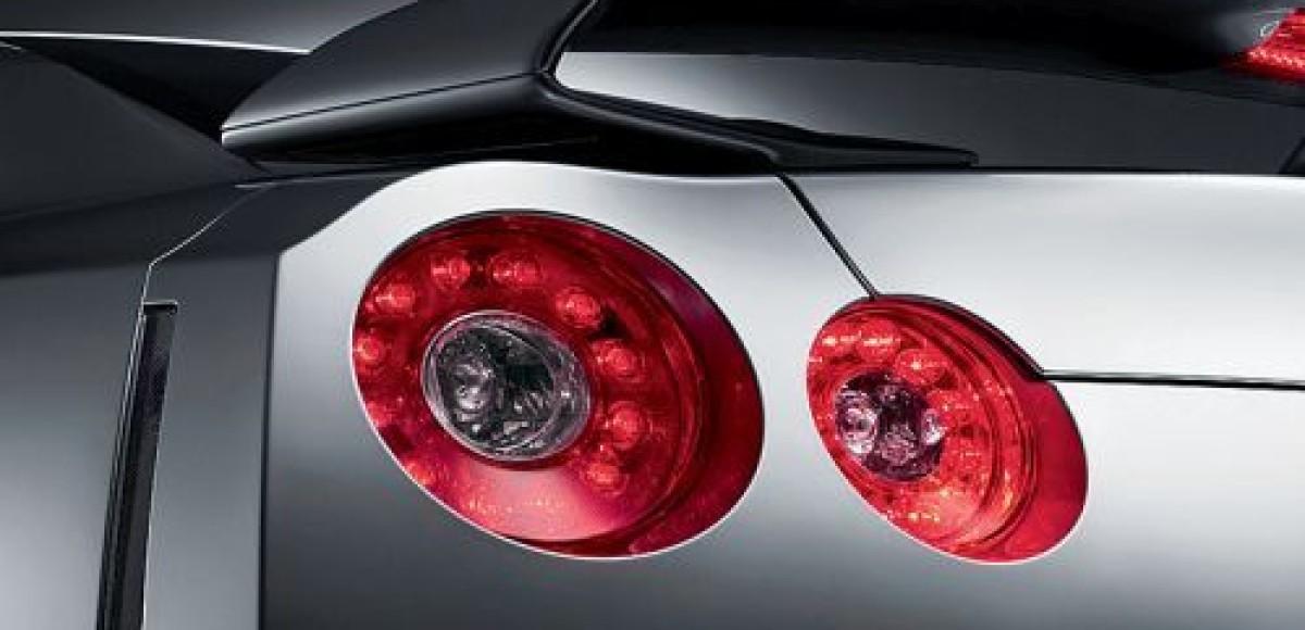Дилеры в России начали прием заказов на Nissan GT-R