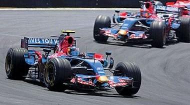 Toro Rosso отправит новый автомобиль на тесты в Барселону