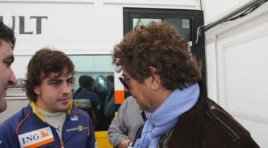 Фернандо Алонсо уверен, что необходимо менять стиль пилотажа