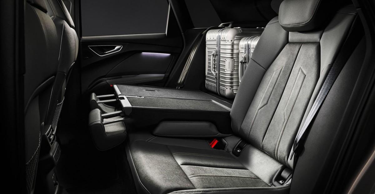 Audi Q4 e-tron получит высокотехнологичный салон