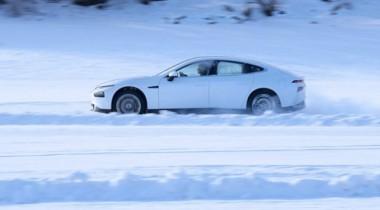 Китайский электромобиль Xpeng Р7 испытали морозом