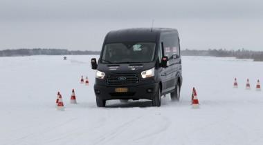 Ford Transit и Ford Transit Connect одержали двойную победу в Арктическом тесте