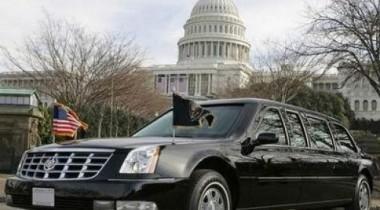 Барак Обама образцово следует правилам дорожного движения