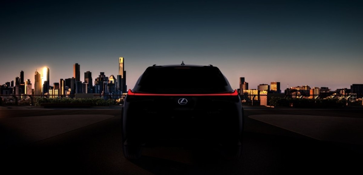 В Женеве покажут самый доступный кроссовер Lexus