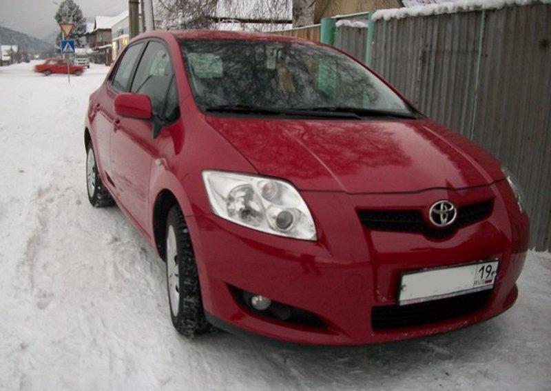 Toyota Auris. Отзывы владельцев